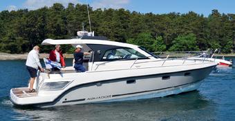Jacht Aquador 35 ST - Dla dużej rodziny